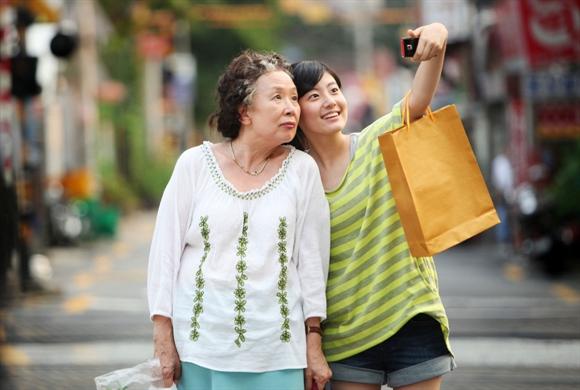 '나야, 할머니' 나문희-남지현, 세대를 뛰어넘는 연기 대결