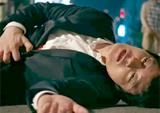 <트라이앵글> 이범수, 그토록 찾던 친동생 김재중 정체 한발 앞두고 '피습'!
