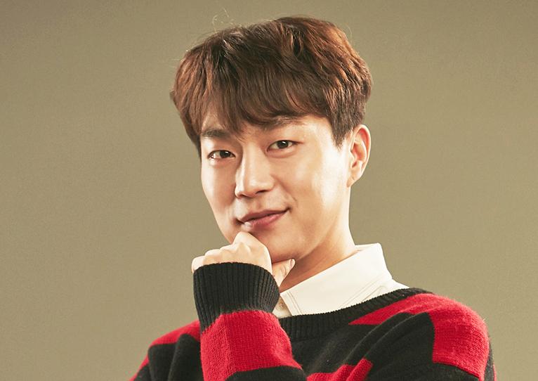 <집밥 백선생3> 윤두준, 세상 제일 멋진 포즈로 쿡방 도전♥