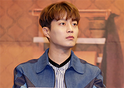 [비하인드] 윤두준 <집밥 백선생3>에서 '먹선생', '비주얼 선생' 맡고있습니다