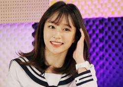 """<해투3> 하니, """"내가 <도깨비> 김고은 원조다!"""" '경기여고 빨간 목도리'"""