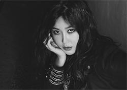 솔비, 파격 컨셉으로 돌아온 신곡 화보…'예능퀸은 잊어라'