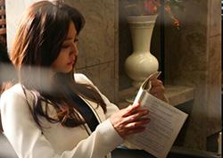<귓속말> 박세영, 대본에 시선고정! '연기 열정'