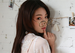 청하, I.O.I 최초 솔로 데뷔 임박 '미니 앨범 발표'