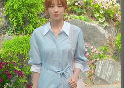 [25회_정해당]  시원한 색감이 돋보이는 파스텔 블루 '셔츠 윈피스'