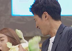 <오빠생각> 원기준, '김치 싸대기' 잇는 '생배추 싸대기 짤' 공개!