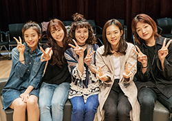 """<청춘시대2> 첫 대본연습 현장 공개! """"하메들 다시 만날 수 있어 기뻐"""""""