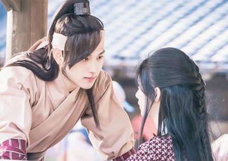 <왕은 사랑한다> 임시완X임윤아, '수사의 탈을 쓴 데이트?'