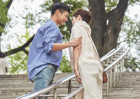 <한끼줍쇼> 김선아-최민호 12년 만에 '내 이름은 김삼순' 명장면 재연