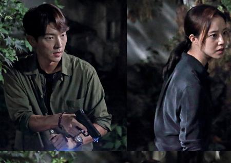 <크리미널마인드> 이준기-문채원, 두 사람의 총구가 한 방향을 향했다!