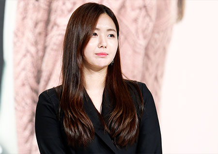 [포토] <안단테> 이예현, 긴장한 듯 차분한 표정