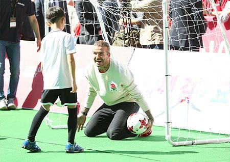 [B하인드] 베컴, 마음 훈훈해지는 아이들과의 시간