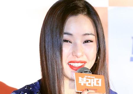 """<부라더> 이하늬 """"코미디지만 가족적인 따뜻한 영화다"""""""