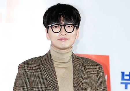 [포토] <부라더> 이동휘, 안동 제일 미남 주봉이