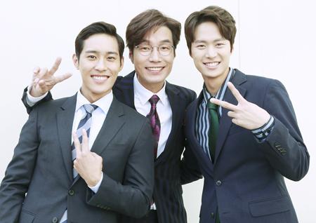 <변혁의 사랑> 송영규-공명-윤정혁, 촬영 현장 인증샷 '훈훈'