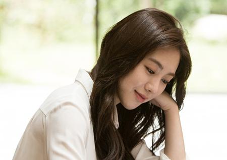 """AOA 권민아, 작가로 변신! """"스물 다섯 권민아입니다"""""""
