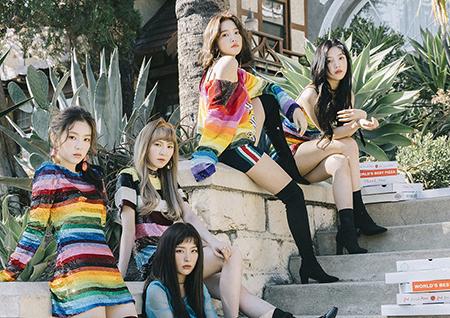 레드벨벳, '화려한 손동작+밝은 에너지' 돋보이는 '피카부' 퍼포먼스 화제