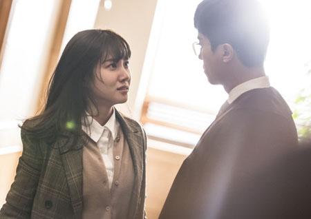 <이판사판> '이판' 박은빈 vs '사판' 연우진, 팽팽한 기싸움 관심 증폭!