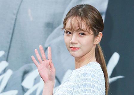 [포토] <투깝스> 혜리, 우아한 손 인사로 마무리