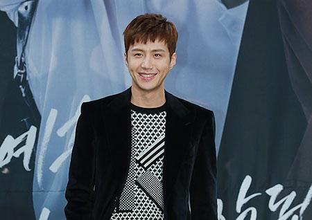 [포토] <투깝스> 김선호, 사기꾼 공수찬의 환한 미소