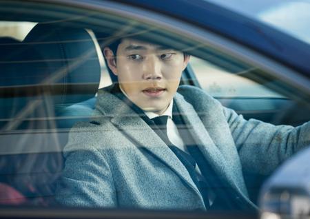 <이판사판> '개검' 동하, 카리스마 징표 '바이크' 버리고 운전대 잡았다!