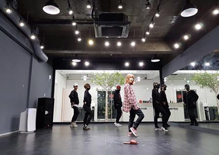 '단독 콘서트 D-4' 볼빨간사춘기, 춤 연습 한창...색다른 무대 '기대감 UP'