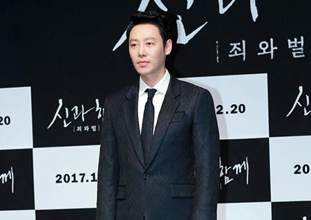 [포토] <신과함께> 김동욱, 오랜만에 보는 얼굴