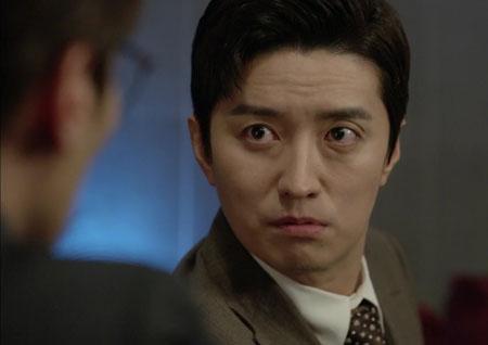 <저글러스> 인교진, 코믹-밉상-아재 매력 갖춘 '조카터' 캐릭터로 맹활약!