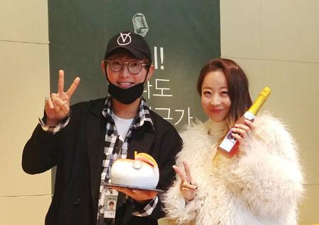 """<별이 빛나는 밤에> 강타, '양파 까기' 동참! """"귀여운 척이 심했다"""""""