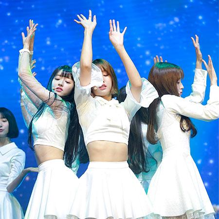 [포토] 오마이걸 유아-미미-아린, 동화 속 팅커벨 같은 소녀들의 댄스