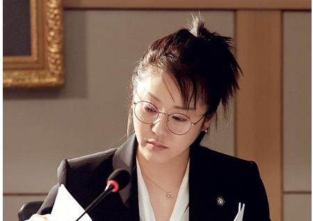 <리턴> 고현정, 고졸 흙수저 출신 스타 변호사 탄생! '변신 5종세트'