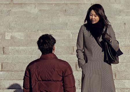 <리턴> 고현정-이진욱, 법원 앞 첫 만남 포착! '팽팽한 기싸움'