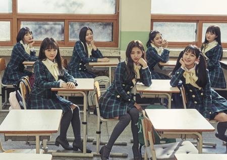 프로미스나인, 데뷔 앨범 2차 티저 이미지 공개! '엉뚱+러블리' 소녀美 발산!