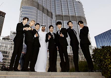 'K-POP 킹' 엑소 첫 방문에 두바이 들썩! UAE 유력 일간지 걸프 뉴스, 칼리즈 타임즈, 아랍 뉴스 등 현지 언론 집중 보도!