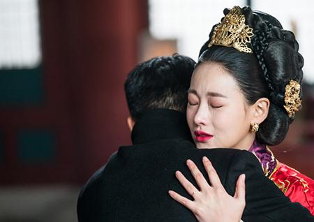 '화유기' '눈물 글썽' 이승기X'눈물 폭발' 오연서, 애절한 재회 현장