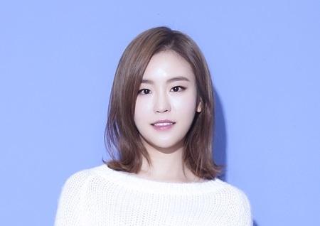신지수, 러브홀릭 '그대만 있다면' 리메이크 앨범으로 23일 컴백