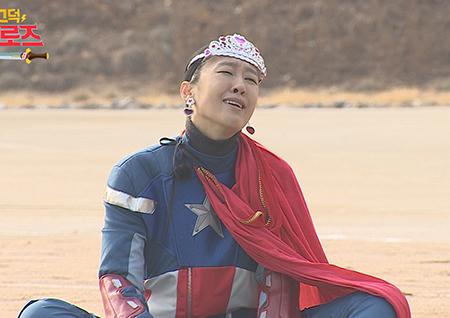 '삐그덕 히어로즈' 짠내 나는 7인 영웅후보생X캡틴 홍진경, 상상불가 '궁극의 케미' 예고
