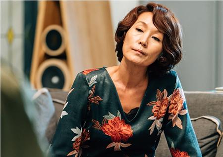 '마더' 이혜영, 형사 기습 방문에도 '꼿꼿'! 의연한 대처!