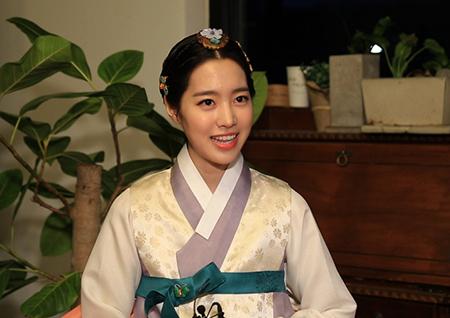 '대군' 윤시윤X진세연X주상욱, 촬영장 비하인드 공개...오늘 밤 스페셜 방송