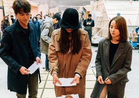 '손 꼭 잡고' 한혜진-윤상현-유인영-김태훈, 고사 현장서 대박 기원!