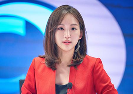 '미스티' 진기주, 실제 아나운서 같은 비하인드 컷 '눈길'