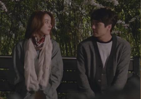 '손 꼭 잡고' 솔직해진 김태훈, 로맨스 기대해도 될까요?