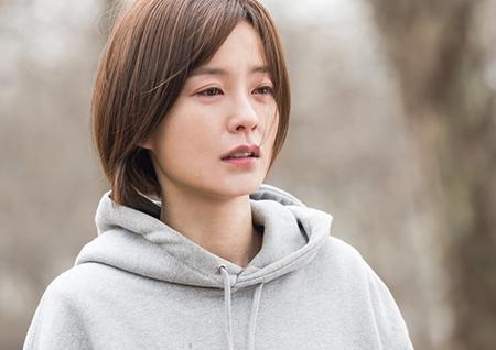 """'라이브' 눈물 흘리는 정유미, 경찰 생활 끝나나? """"사과할 만큼 잘못한 것 없다"""""""