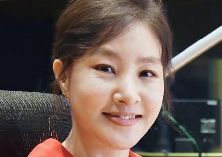 박지영, 2018년 '휴먼다큐 사랑' 첫 내레이션 주자...'엄마와 어머니' 감동 예고