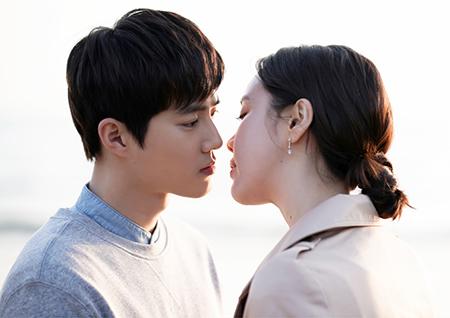 '리치맨' 김준면X김예원, 6년 전 첫 만남 공개... 아름다운 노을 키스 '심쿵'
