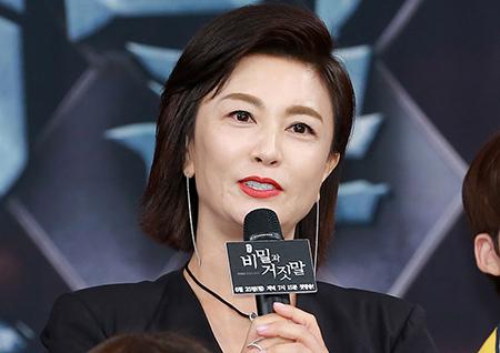 """'비밀과 거짓말' 김혜선, """"데뷔 후 첫 아나운서 역할. 너무나 매력적이다."""""""