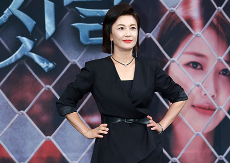 [포토] '비밀과 거짓말' 김혜선, 제법 아나운서 같은가요?