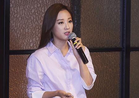"'14F' 강다솜 아나운서 ""20대에게 어필하기 위해 스타일링, 신조어까지 고민하고 있다"""