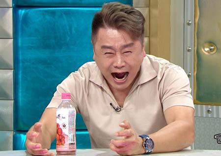 '라디오스타' 이광기, 오열 연기와 '내 다리 내놔'로 스튜디오 발칵 뒤집어 놨다!