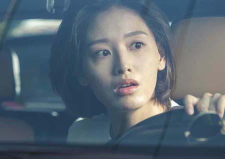 '배드파파' 김재경, 18년 만에 단발머리로 변신! 장혁과 '훈훈 케미' 예고